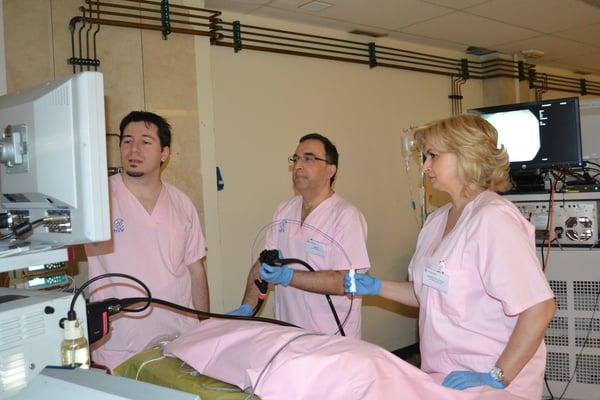 La hidrodisección gana terreno a paso veloz  en las salas de cirugía de todo el mundo